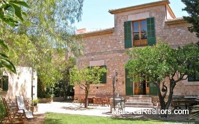 Villa-modernista-Alaro
