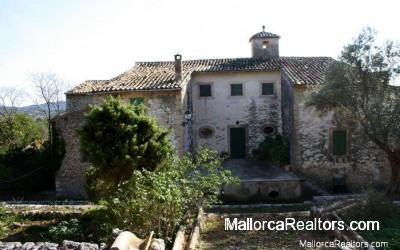 Historical-country-house-in-Alaro-majorca