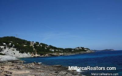 plot-in-cala-provensals-majorca
