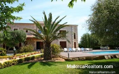 country-house-in-alcudia-majorca