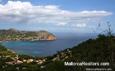 fantastic-building-plot-sea-views-Majorca