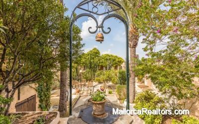 Precioso hotel de interior de 12 habitaciones en Mallorca con restaurante